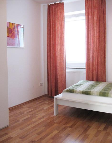 wohnen auf zeit in bielefeld wohnungen heeper strasse wittenburg. Black Bedroom Furniture Sets. Home Design Ideas